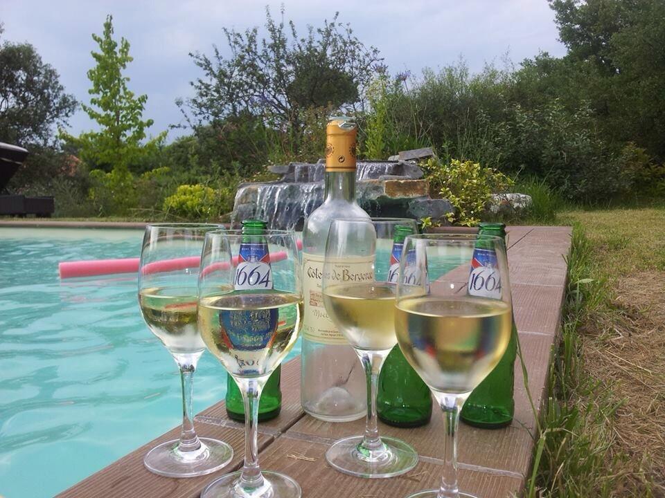 SummerMemoriesStyle (3) - Apéro à la piscine avec les copains
