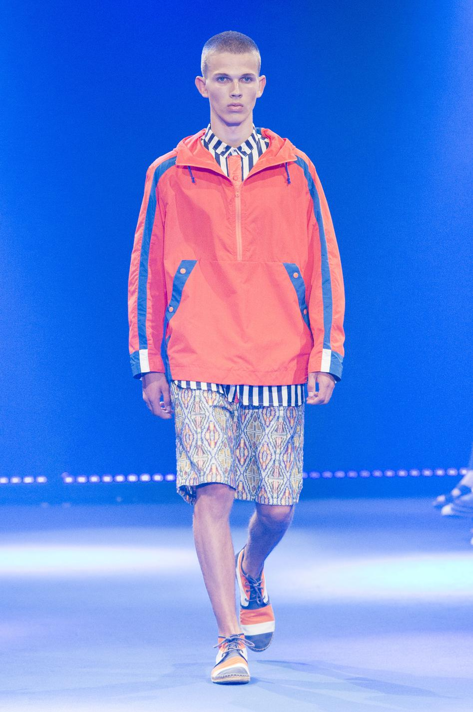 defile-white-mountaineering-printemps-ete-2017-paris-look-11