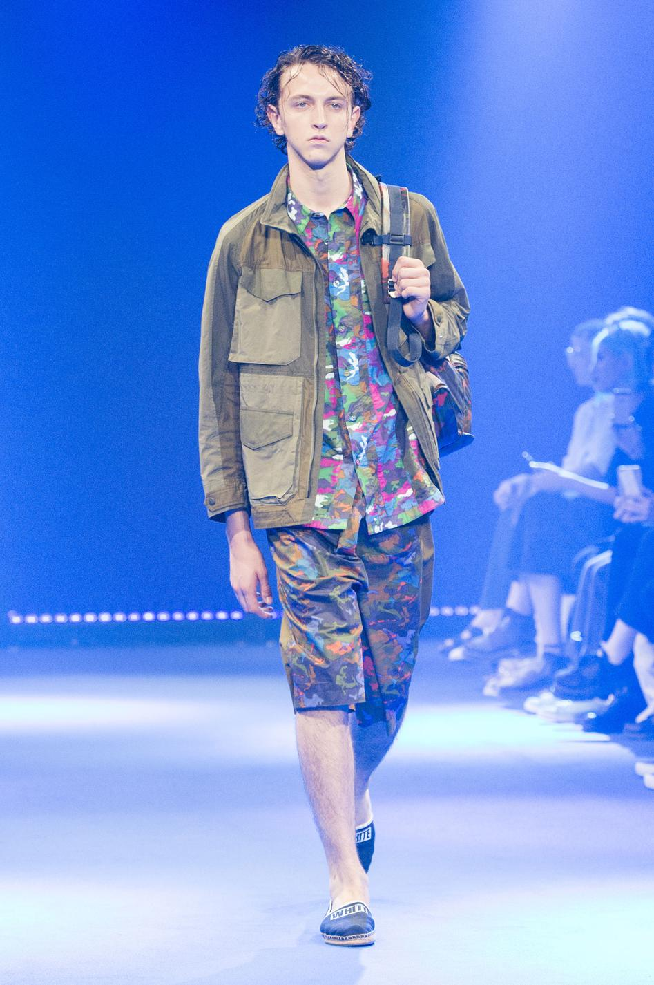 defile-white-mountaineering-printemps-ete-2017-paris-look-15