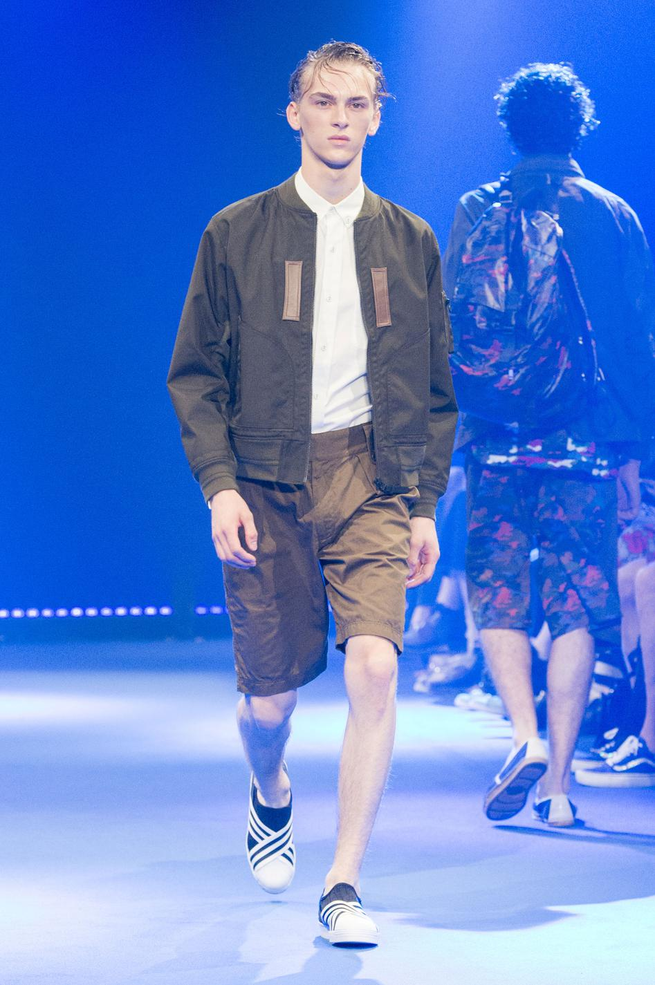 defile-white-mountaineering-printemps-ete-2017-paris-look-18
