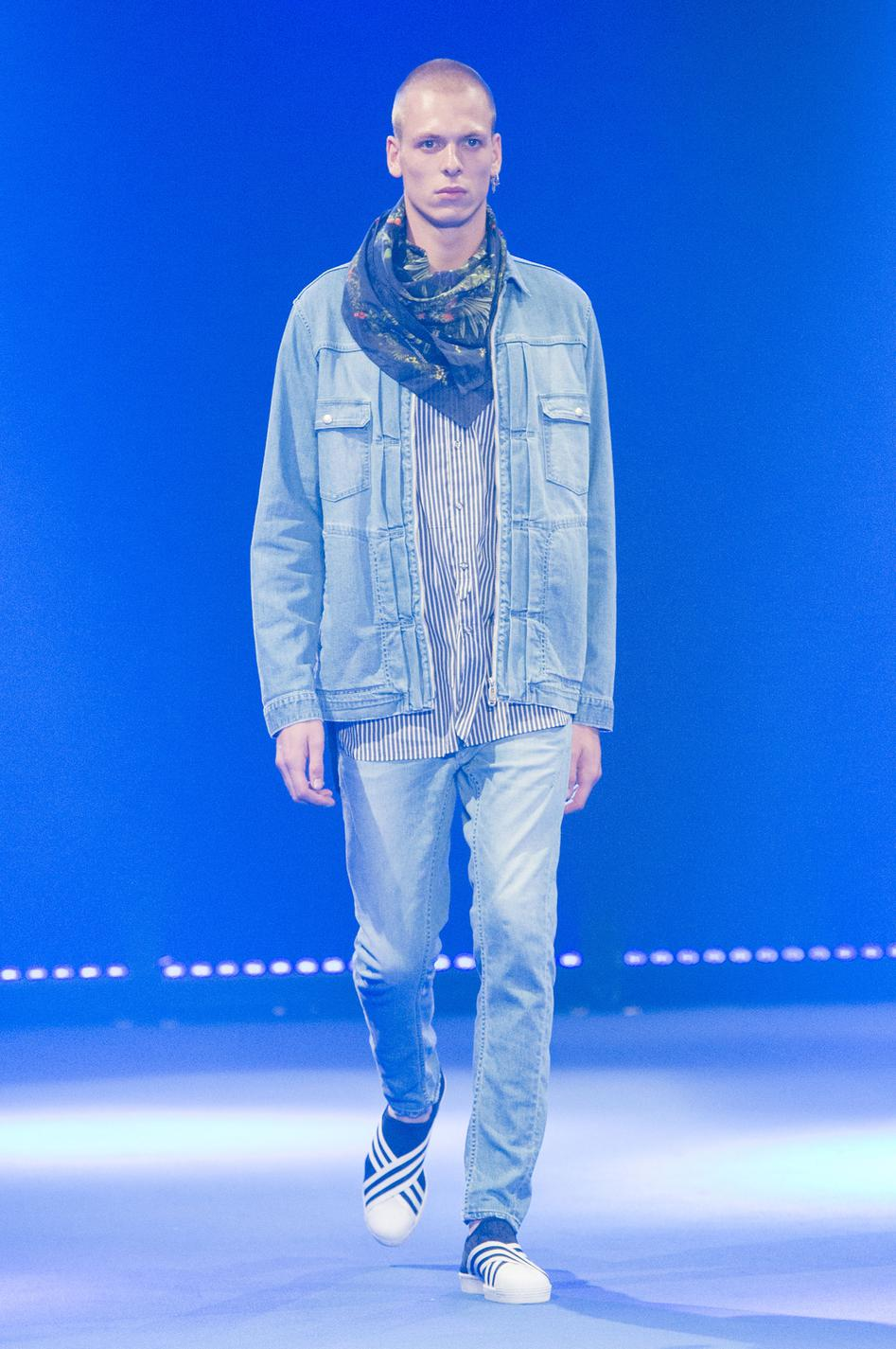 defile-white-mountaineering-printemps-ete-2017-paris-look-20