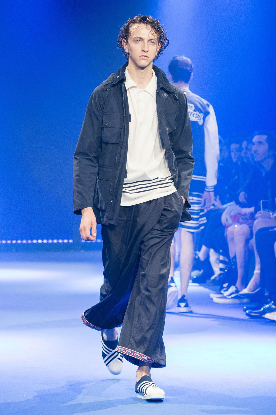 defile-white-mountaineering-printemps-ete-2017-paris-look-31