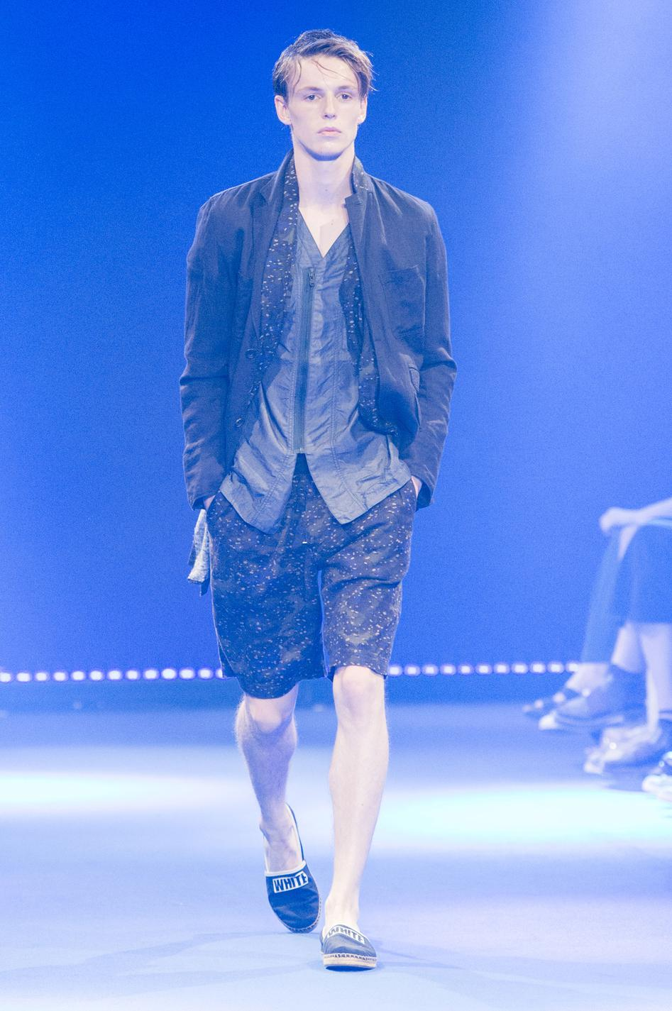 defile-white-mountaineering-printemps-ete-2017-paris-look-35