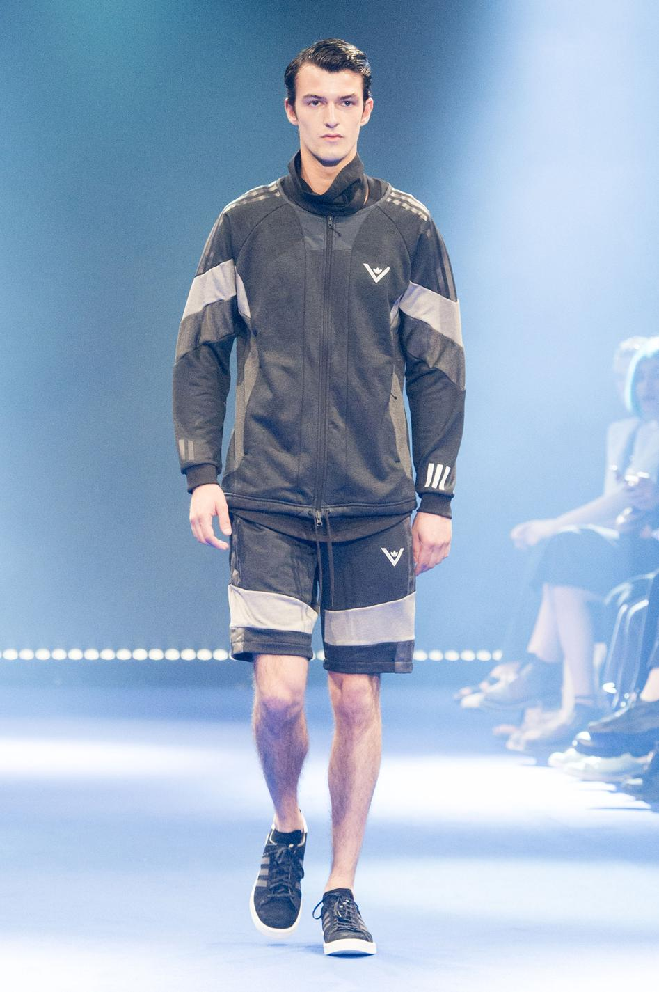 defile-white-mountaineering-printemps-ete-2017-paris-look-49