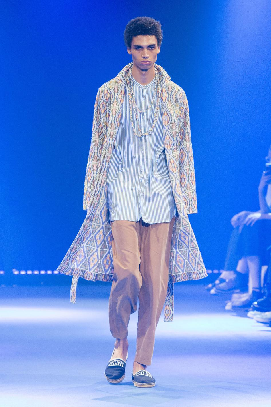 defile-white-mountaineering-printemps-ete-2017-paris-look-9